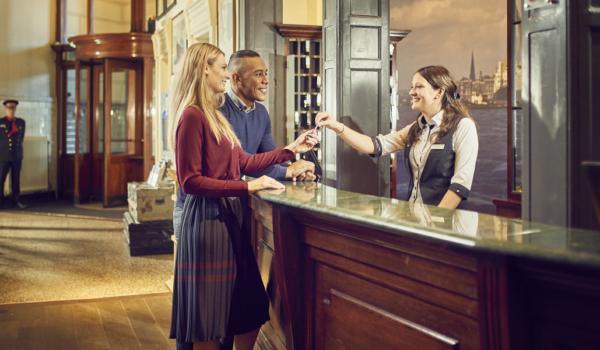 Hotel-NewYork-Rotterdam-receptie-4